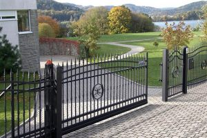 570-metaliniai-vartai